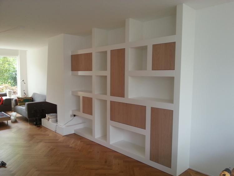 Foto wandkast combinatie open gesloten vakken for Welke nl woonkamer