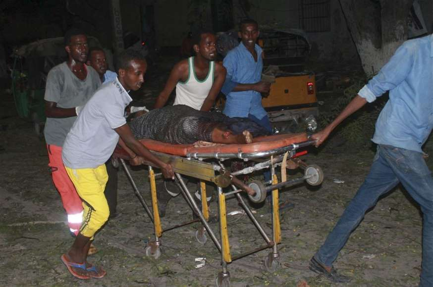 Nog steeds schoten bij hotel Mogadishu - Copyright ANP 2016