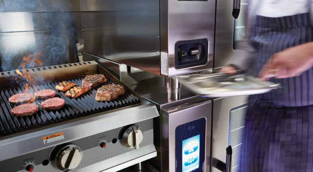 Alto Shaam Owner S Tips For Maximum R O I Food Equipment Combi Oven Commercial Kitchen Equipment