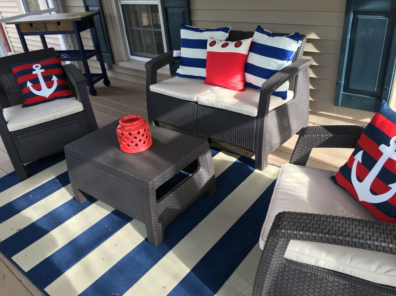 Nautical patio, screened in porch | Outdoor patio decor ... on Nautical Patio Ideas id=18510