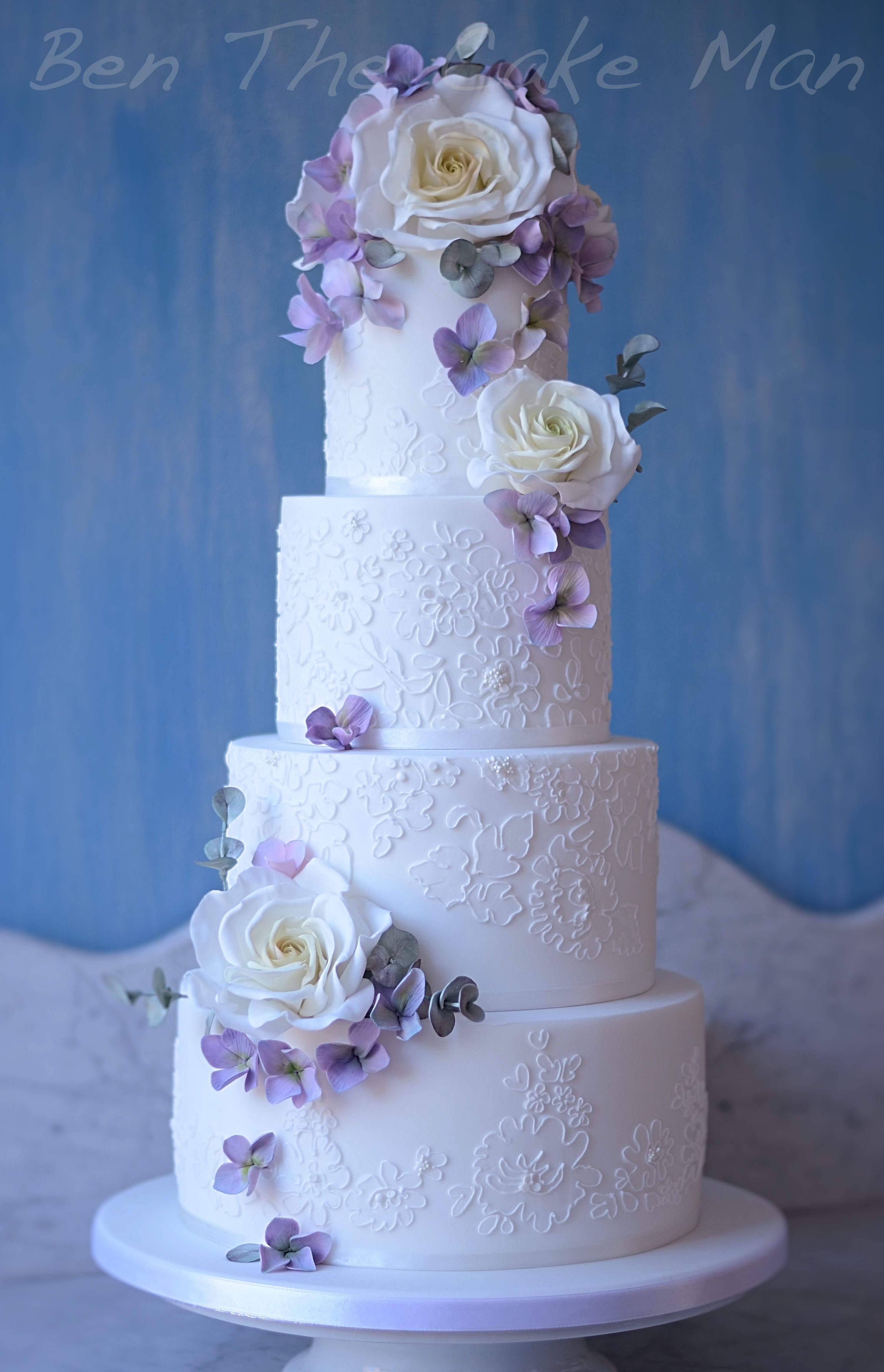 Follow us SIGNATUREBRIDE on Twitter and on Facebook at