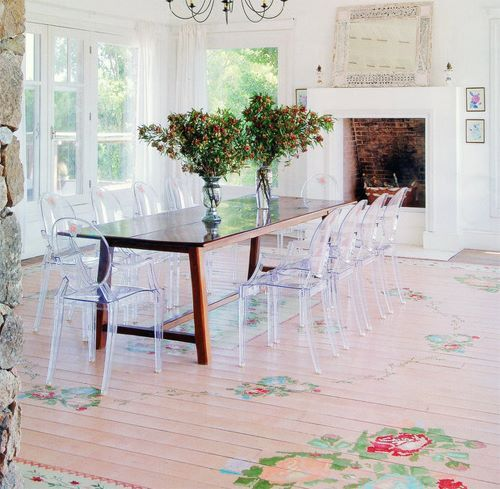 50 Cool And Creative Shabby Chic Dining Rooms: Shabby Chic Pink Painted Floors With Roses #diy #tutorial