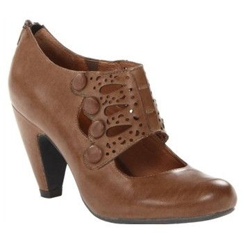 Sharon in Brown