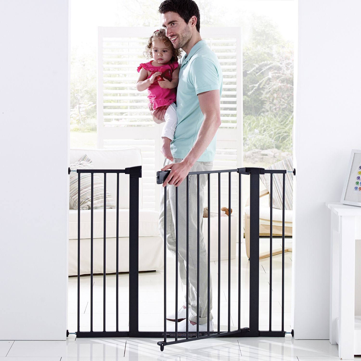 """Easy Close XL™ (29.50"""" to 51.60"""") Metal baby gate, Baby"""