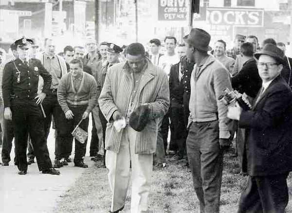 Freedom Riders In Rock Hill Were Mocked And Yelled At As They Walked To The Bus Stop Black History Facts Freedom Riders History