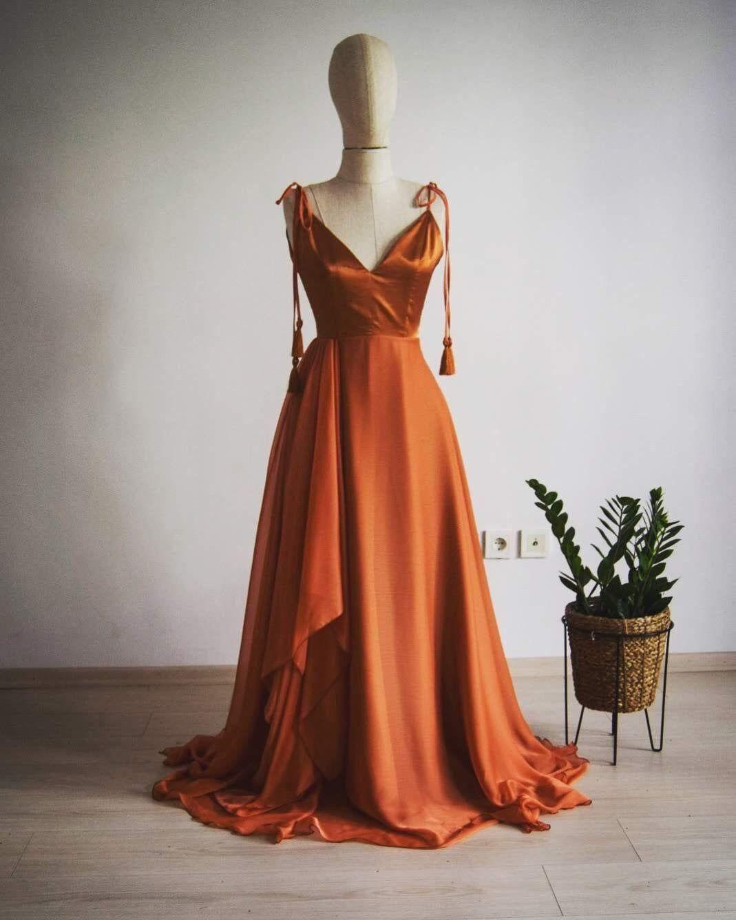 Georgette Silk Chiffon With Top Satin Copper Bridesmaid Dress Etsy 1000 Orange Bridesmaid Dresses Burnt Orange Bridesmaid Dresses Copper Bridesmaid Dresses [ 1336 x 1069 Pixel ]