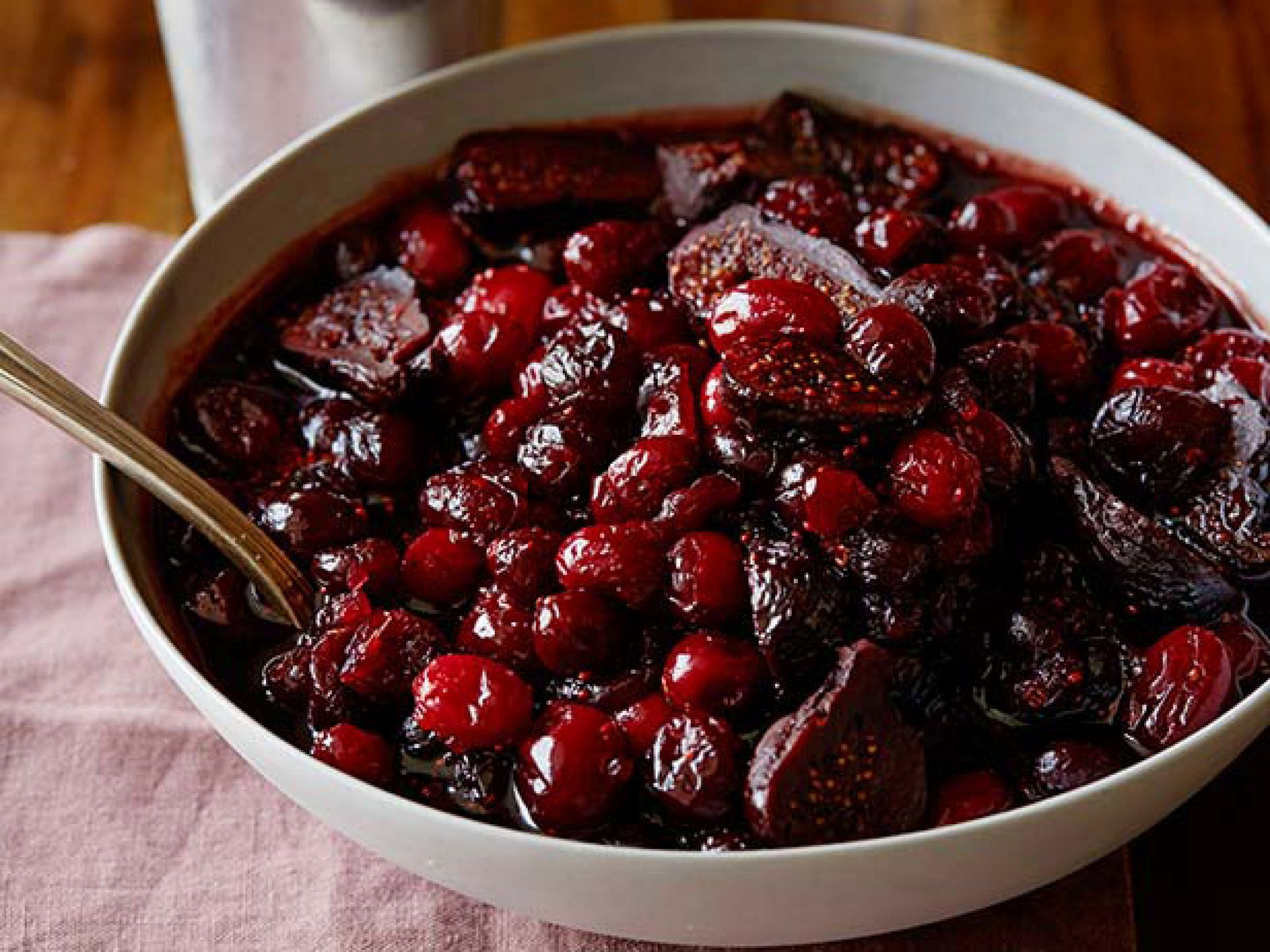 Cranberry Sauce With Pinot And Figs Recipe Food Network Recipes Fig Recipes Thanksgiving Recipes Side Dishes