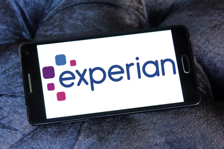 How to Reach a Human at Experian, TransUnion and Equifax