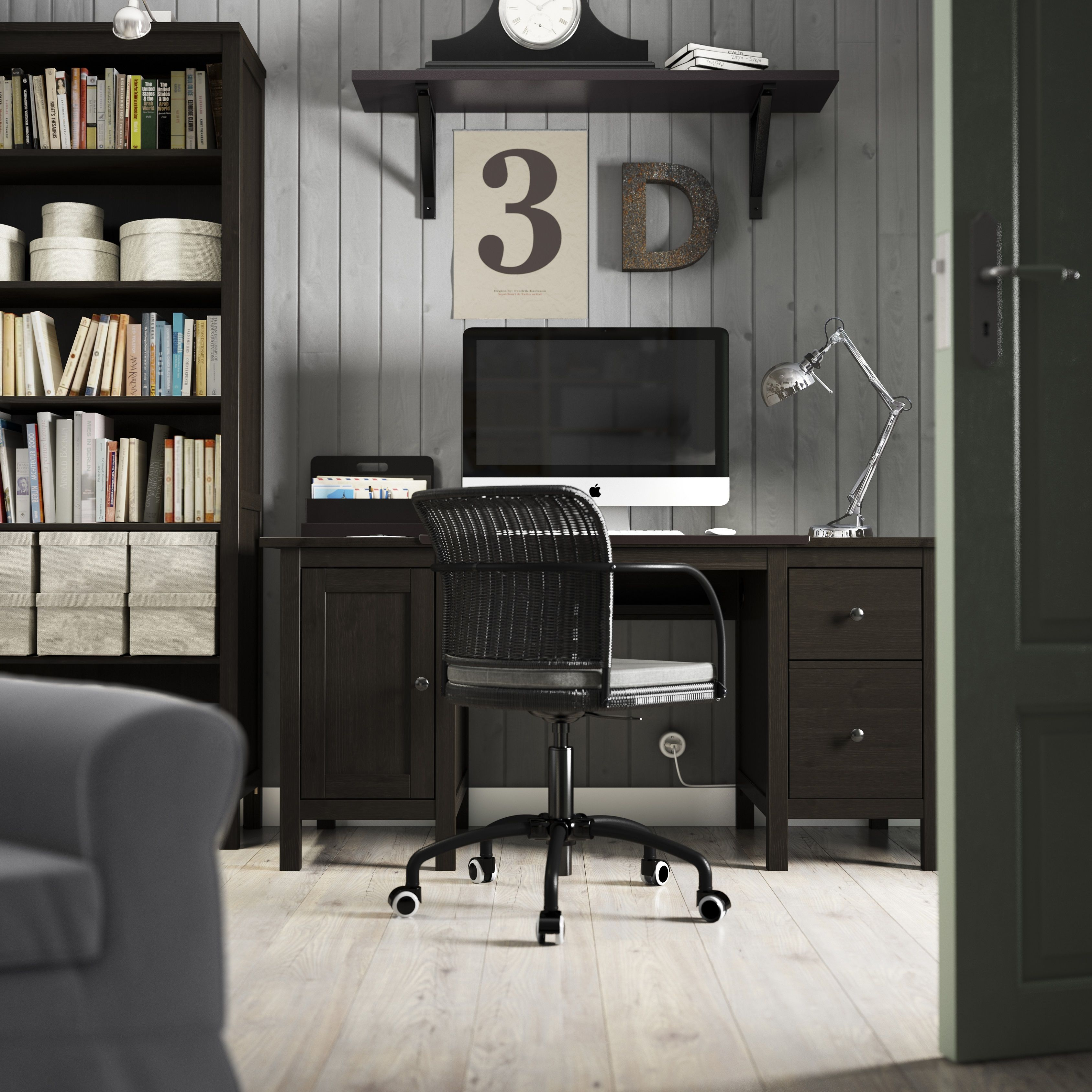 hemnes bureau zwartbruin hemnes bureaus and plank. Black Bedroom Furniture Sets. Home Design Ideas
