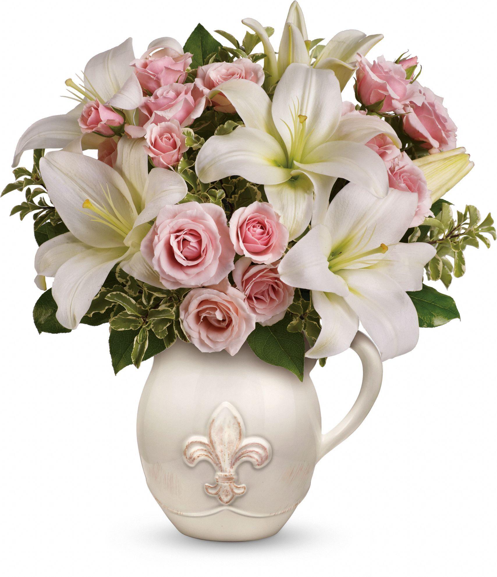 Fleur De Love Bouquet Flowers Fleur De Love Flower Bouquet Flower Delivery Anniversary Flowers Flower Gift