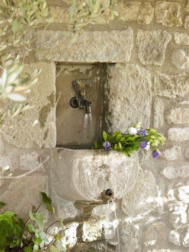 Carpe diem espacios al aire libre pinterest fuentes for Diseno de fuente de jardin al aire libre
