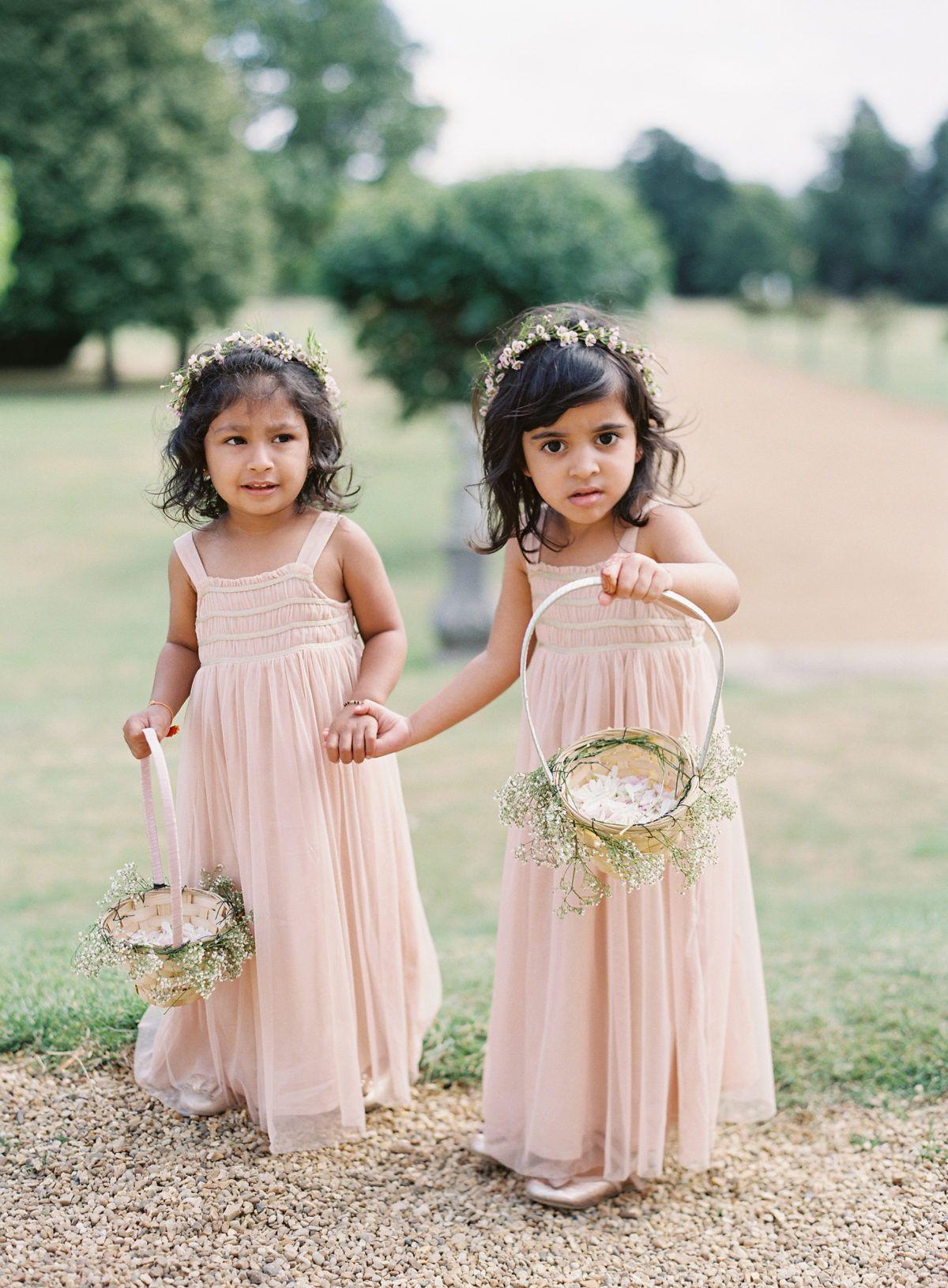 A Hindu Wedding in the English Countryside  Hindu wedding, Indian