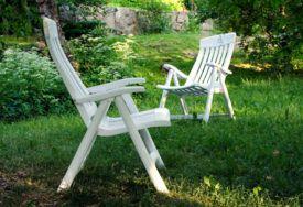 Comment nettoyer un salon de jardin en plastique blanc ...