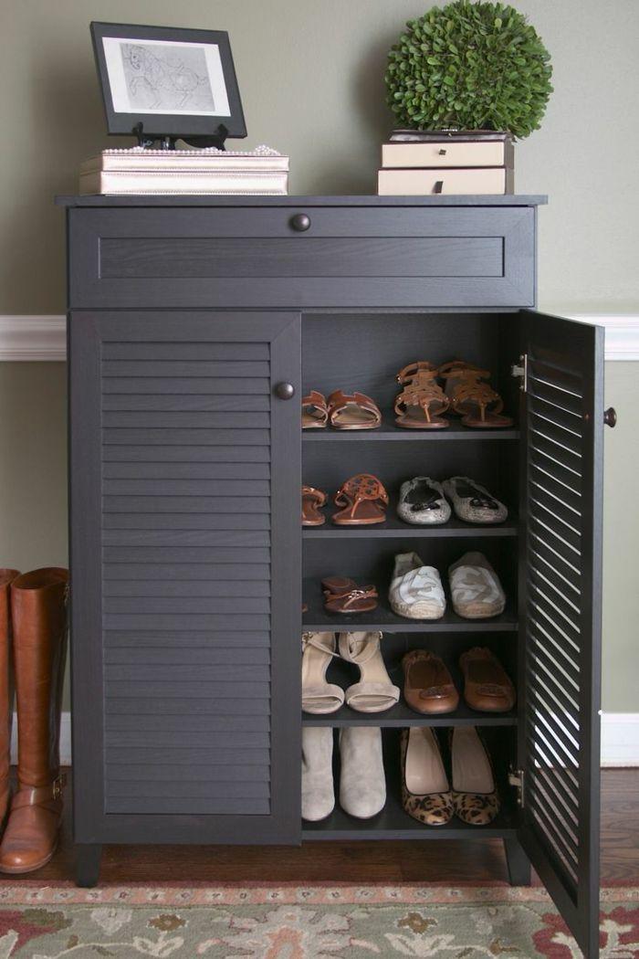 d couvrir les meubles chaussures en 50 photos d coration fran aise chaussures grises et. Black Bedroom Furniture Sets. Home Design Ideas