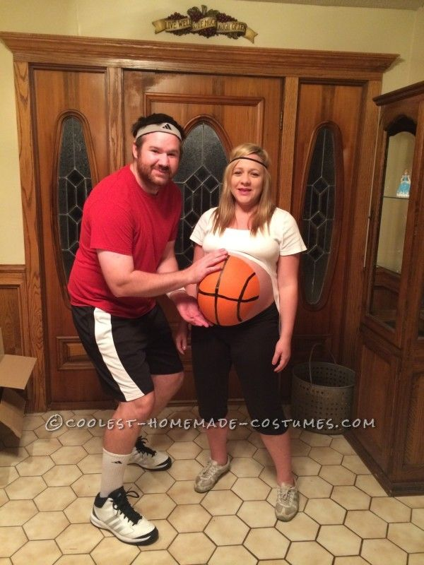 10 Awesome Halloween Costumes for Pregnant Couples Best Mom Hacks