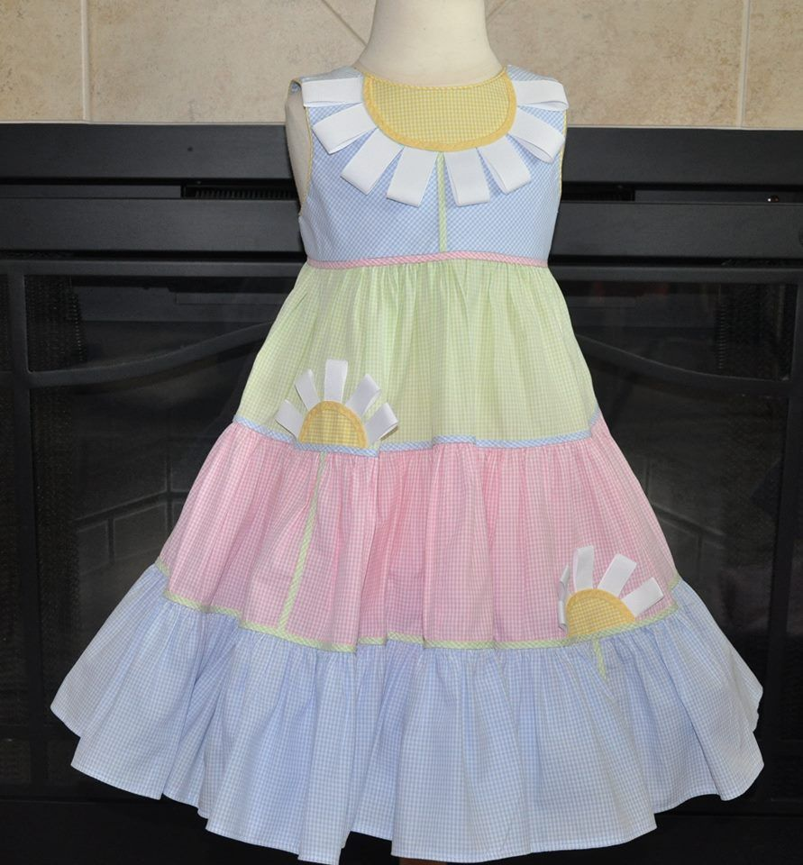 Gingham Twirl Dress...no pattern, but should be fairly easy.