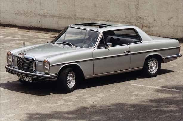 mercedes w114 coupe google s k mercedes w114 coupe. Black Bedroom Furniture Sets. Home Design Ideas