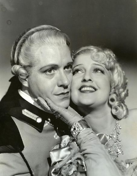 Jeanette MacDonald and Nelson Eddy. I would not discover they wereTwin Flames until many years later.