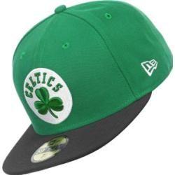 7561b66c38a5a La gorra es por Boston Celtics. Es verde
