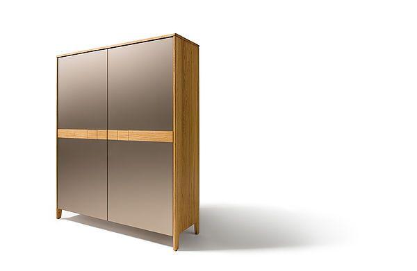 TEAM 7 Bringt Komfort In Ihr Esszimmer ✓ Innovative Auszugstische Aus  Naturholz ✓ Bequeme Stühle Und Bänke ✓ Stilvolle Beimöbel Für Mehr Stauraum.