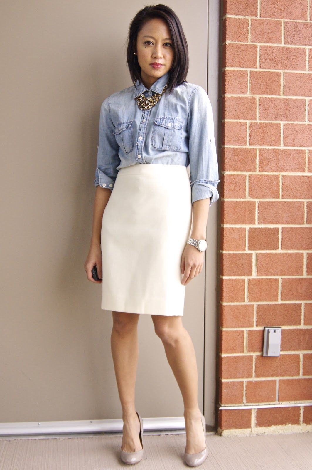b09be0915 Winter white pencil skirt | Things to Wear | Winter skirt outfit ...
