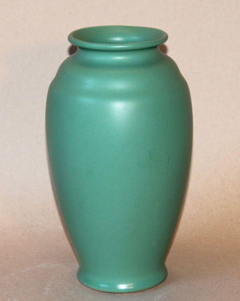 Big vintage satin matt green arts crafts art pottery vase bauer big vintage satin matt green arts crafts art pottery vase bauer catalina reviewsmspy