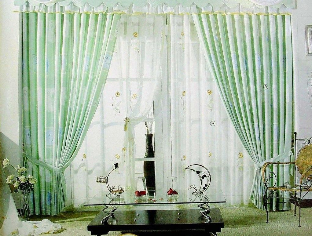 Living room curtain design with light green color ideas for Curtain for living room ideas