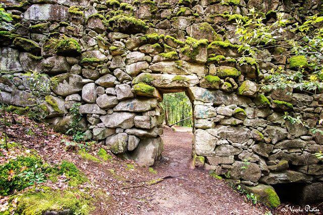 Quieres pasar un fin de semana tranquilo rodeado de la #naturaleza??? Conoce el bosque de Aldán en #Cangas do Morrazo con este post de Jaime Varela #Galicia #SienteGalicia #GaliciaCalidade
