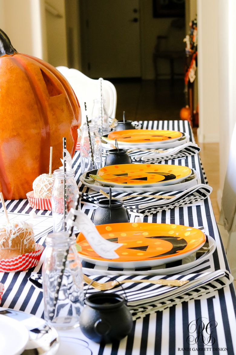 kids-halloween-table ☆ Hometalk Fall Inspiration ☆ Pinterest - Halloween Table Decorations Pinterest