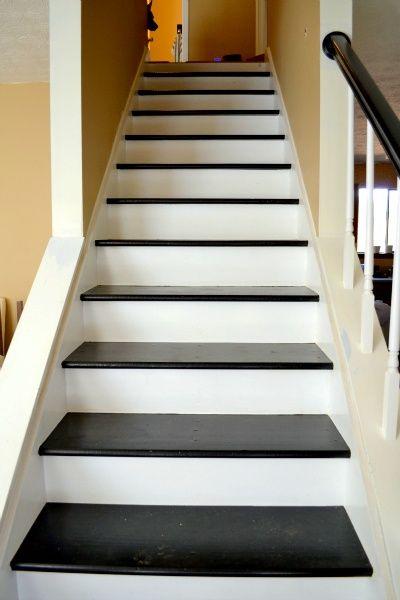 Best Black And White Stairs Basement Stair Idea Rosie Hw Hw 400 x 300