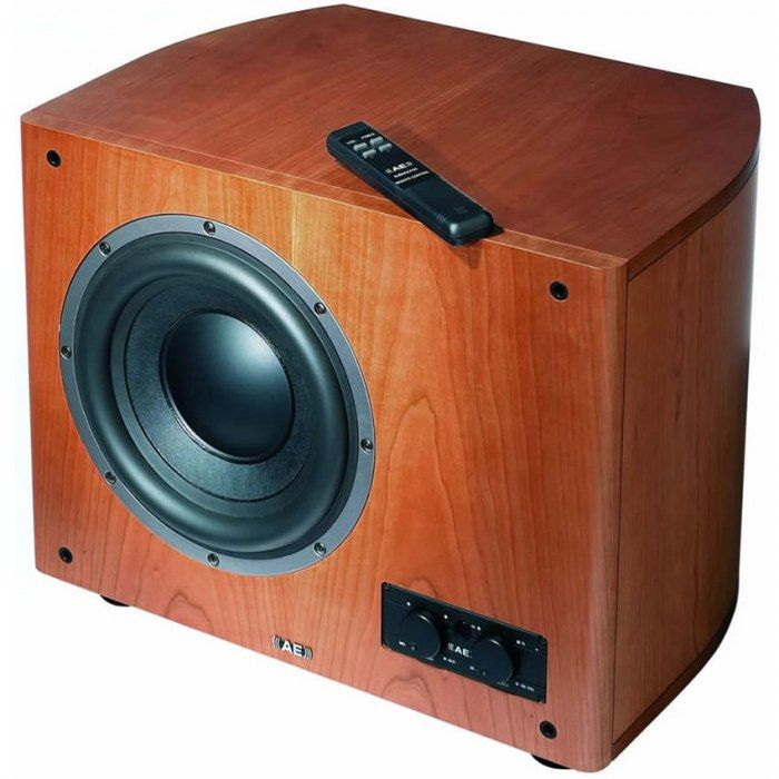 The AELITE 8 subwoofer is capable of producing low frequencies of a high quality.