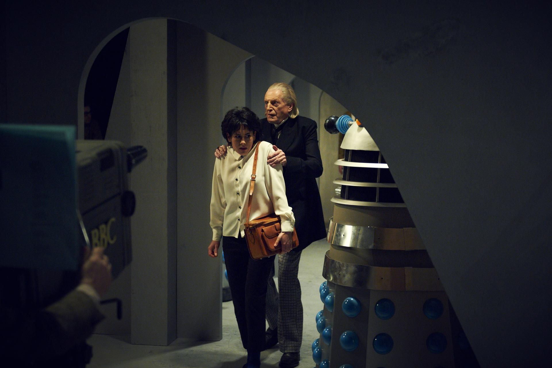 Recreating an iconic scene with Daleks