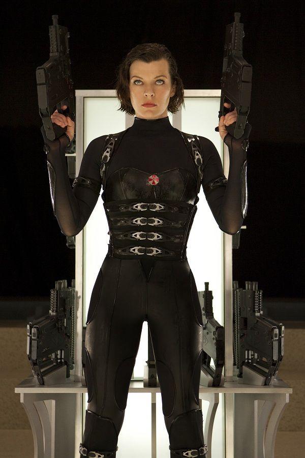 Milla Jovovich Resident Evil: Retribution   Resident evil