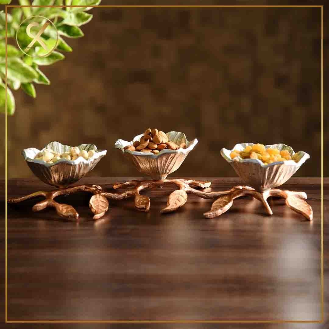 Give your dining space a timeless look with Royalkues Alluring antique bowl set. -      Give your dining space a timeless look with Royalkues Alluring antique bowl set. #royalkues #homedecor #homedecoration #diningtabledecoration #homedecoratio #homedecoronabudget #HomeDecoratorsCollection #homedecorlovers #homedecorinspiration #homedecors #homedecorators #homedecorlover #homedecorline ##kitchendecor #diningtable     The Effective Pictures We Offer You About Home Decor on a budget      A qualit