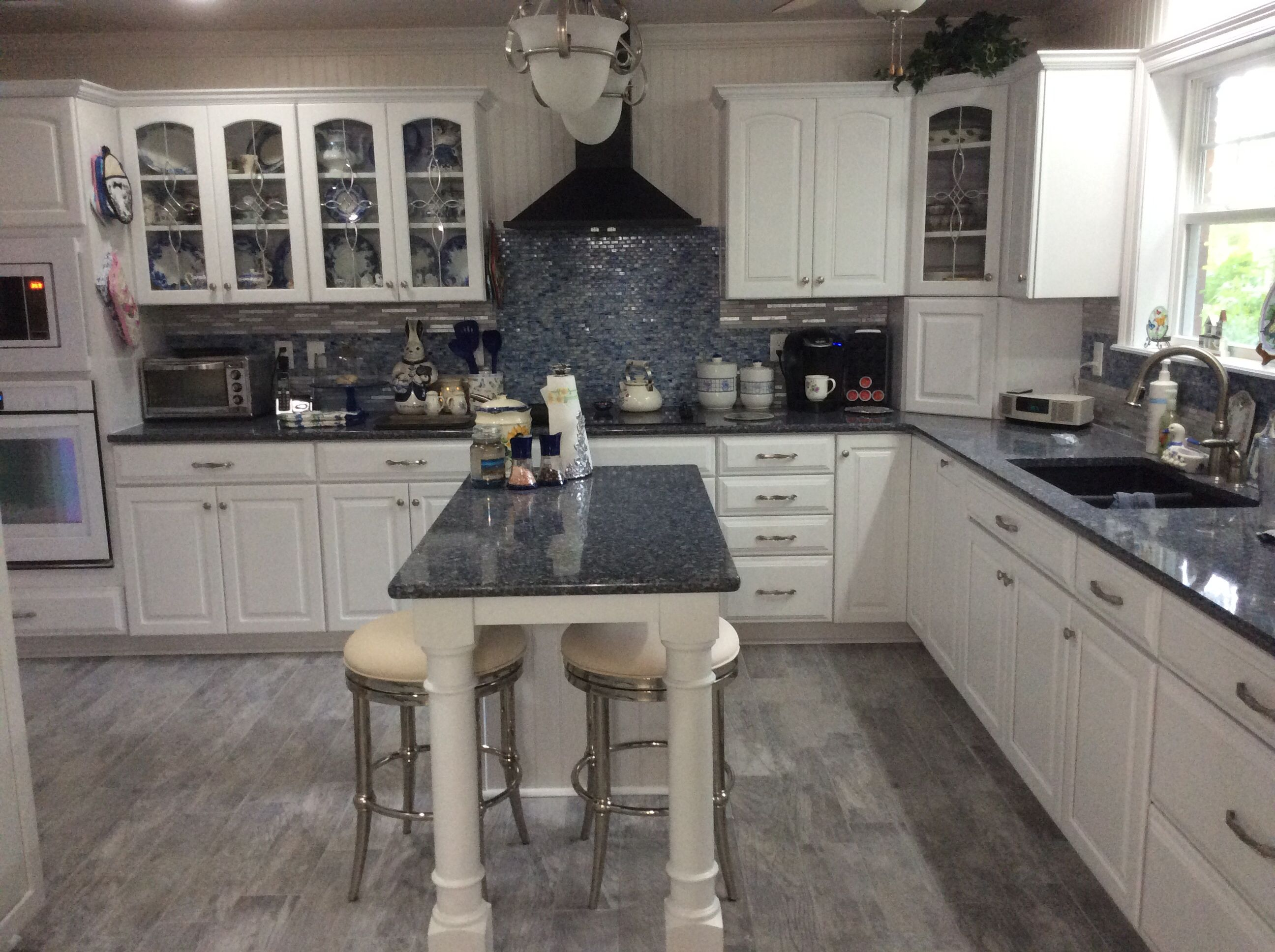 blue and white kitchen. cambria quartz countertop. parys. kraft