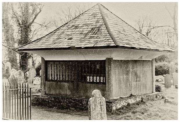 Squire Cabell's tomb in Buckfastleigh