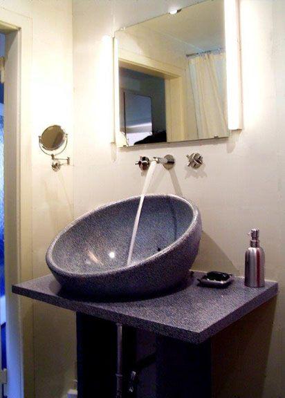 Ein Waschbecken aus Beton von material-raum-form Mehr Infos unter - badezimmer quelle