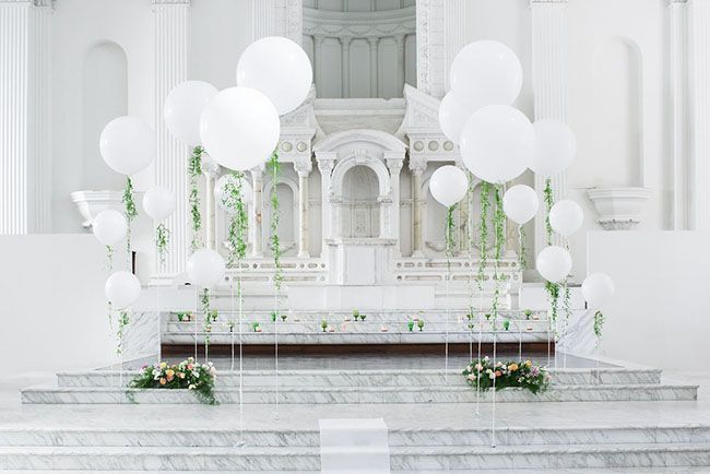 Be inspired by the cool elegance of marble for your wedding, by incorporating a white palette punctuated by splashes of gold, grey and silvery greens or complement with a soft pink to add warmth. A…