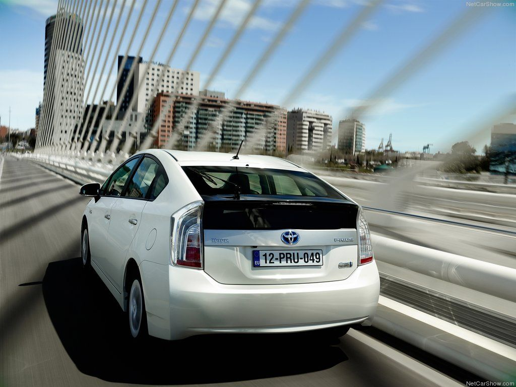 Toyota Prius Plug In Hybrid Back Toyota Prius Toyota Dealers Toyota