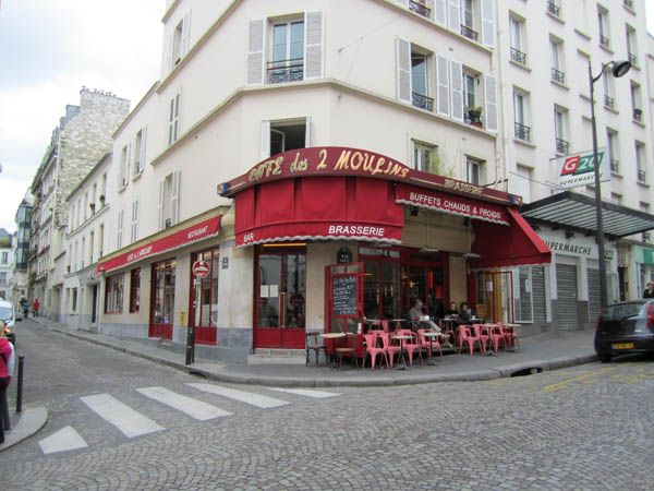 Amelie's cafe, Montmartre. I would like to go there! #paris