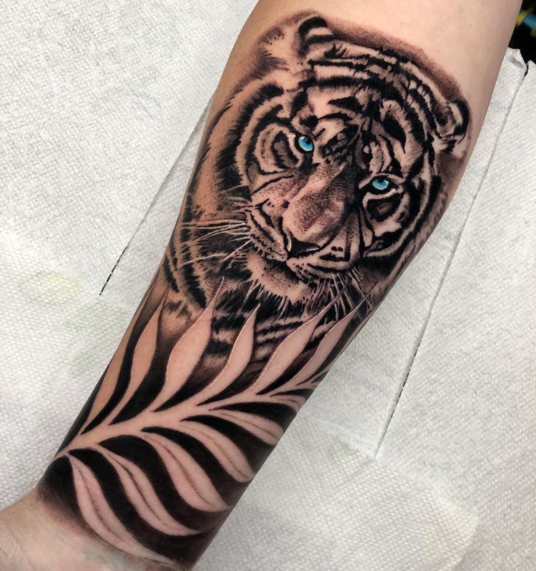 White Tiger Tattoo Tattoo Ideas And Inspiration White Tiger Tattoo Tiger Tattoo Design Tiger Tattoo