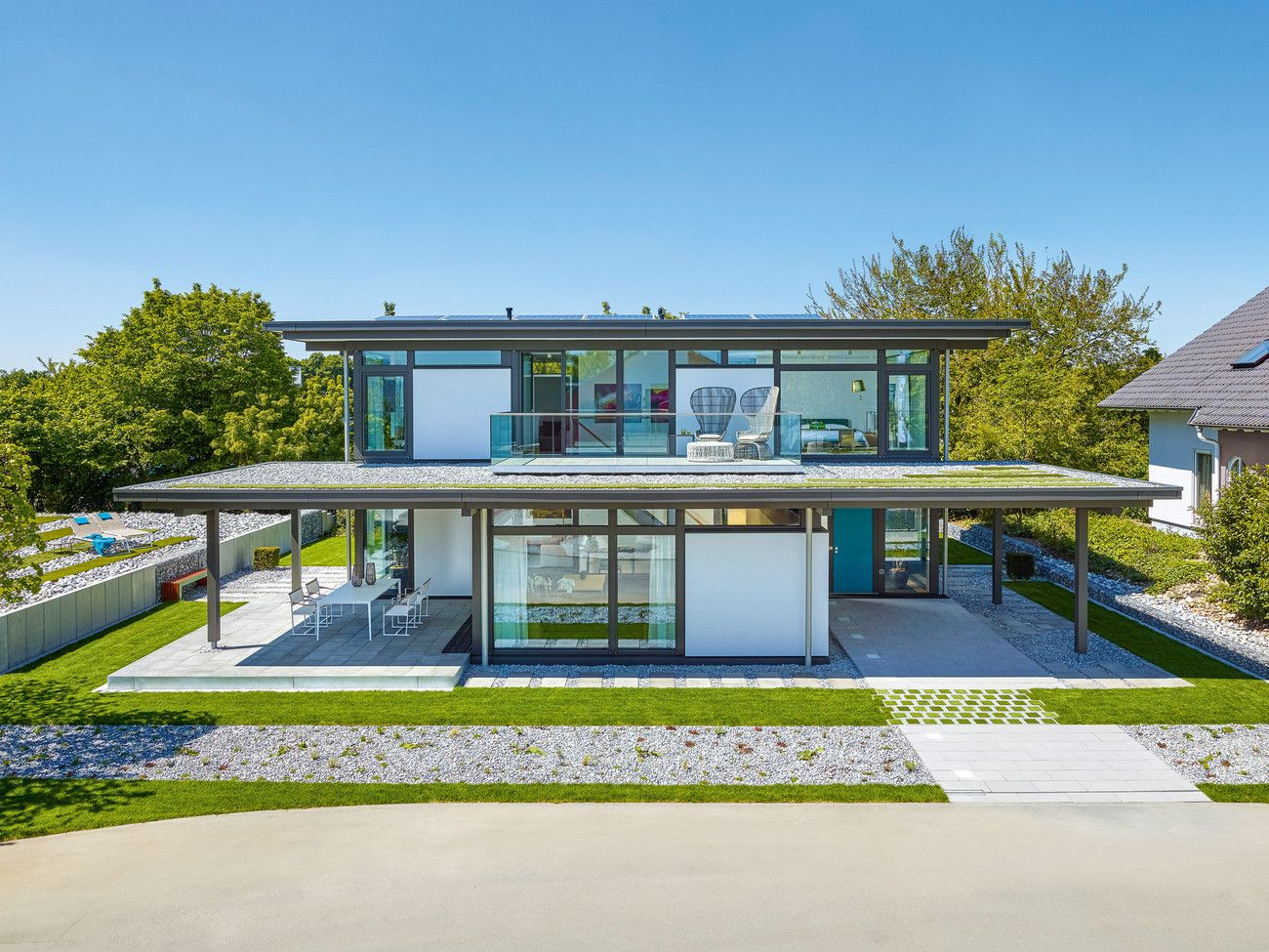 Das elegante HUF Fachwerkhaus kann im Deutschen Fertighaus