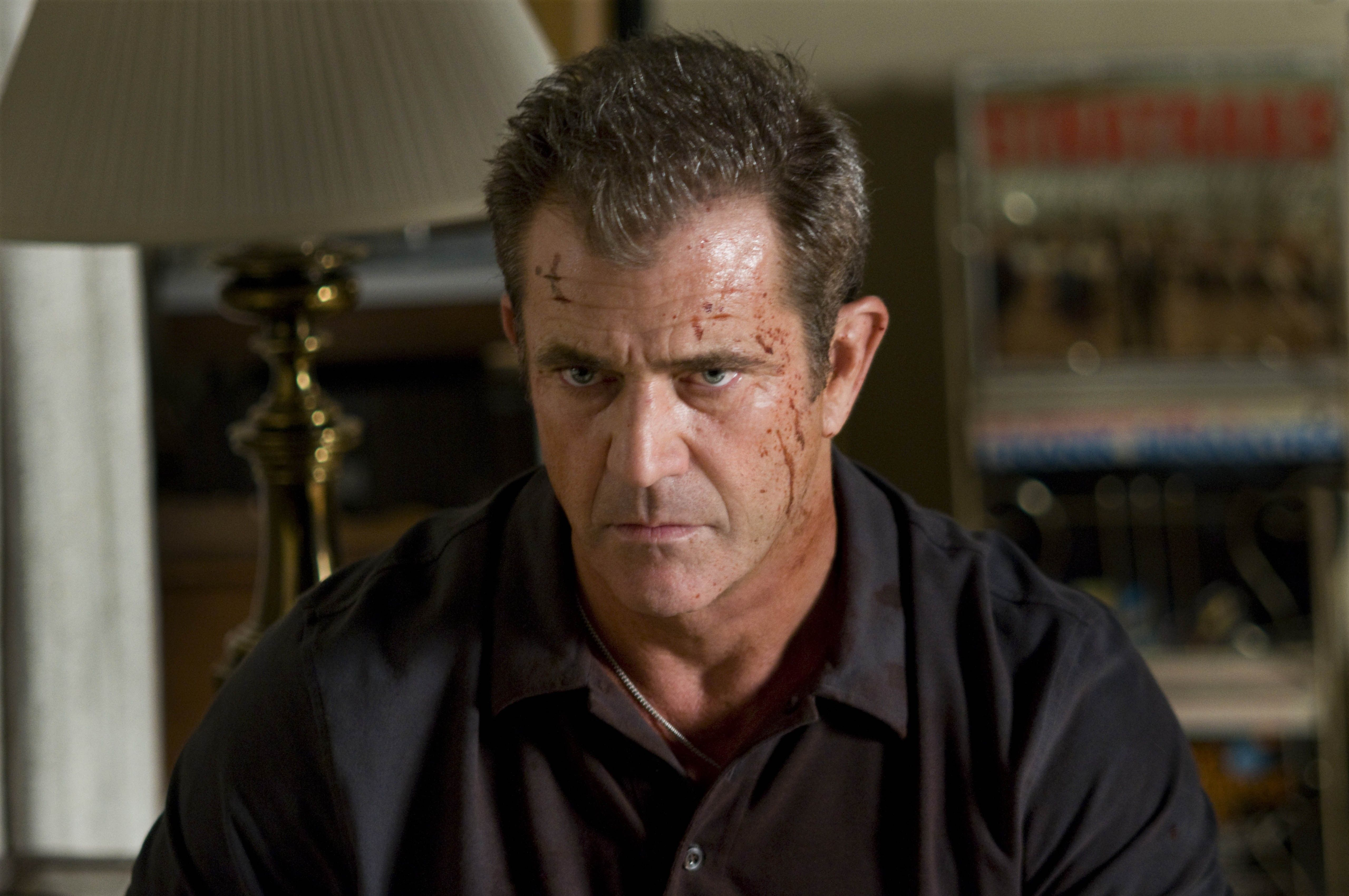Pin Von Maria Theresia Auf Mel Gibson The Expendables Sylvester Stallone The Villain