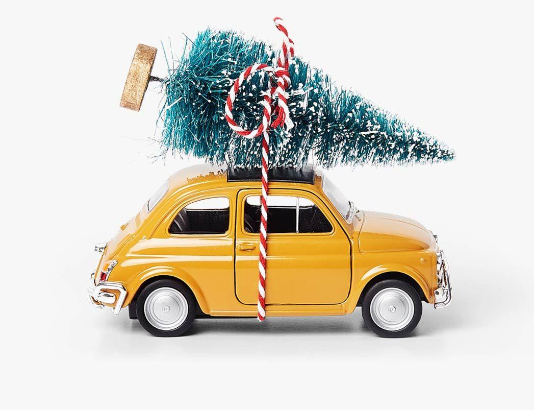 Kerstboom Op Gele Auto Kerstboom Geel Kerst