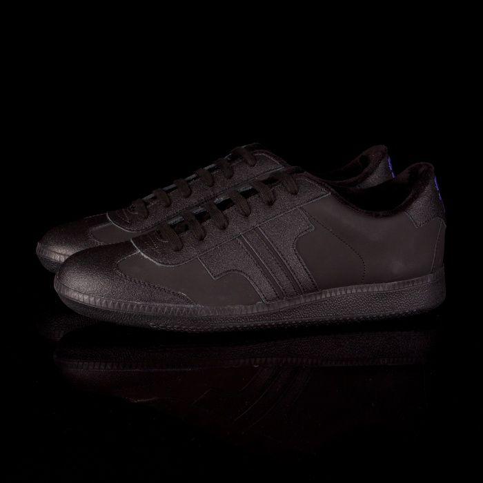 c4932f7b2ac7 Tisza cipő Comfort speciál - fekete / fekete   Products I Like   All ...