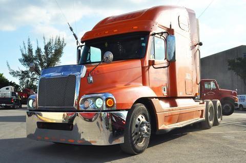 22 Freightliner Century 2005 2007 Columbia 2003 2007 Bumper Chrome Wrap Around Brackets Large Center Tow 11 Hidden Li Trucks Freightliner Big Rig Trucks