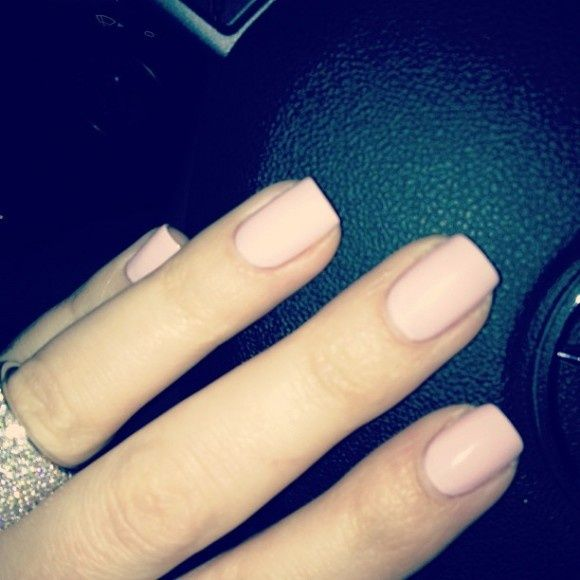 Khloe Kardashian Pale Pink Nails | Hair & Beauty that I love ...