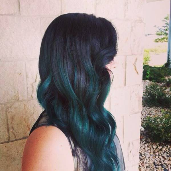 Pin By T Mack On العناية بالشعر Teal Hair Dark Teal Hair Teal Hair Dye