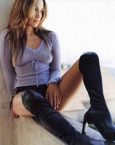 J Lo's Sexy over the knee boots I wuld so wear these boots if I ...