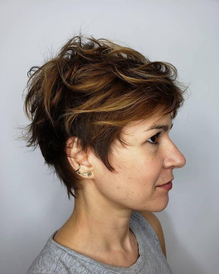 20 Schmeichelhafteste Pixie Haarschnitte Für Frauen Kurze